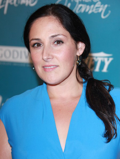 Ricki Lake's side-swept hairstyle