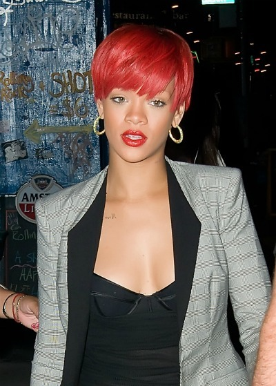 Rihanna's choppy short cut