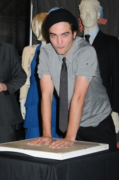 Robert Pattinson Planet Hollywood