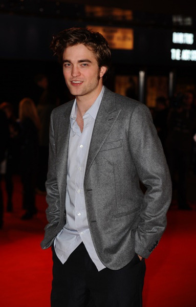 Robert Pattinson Remember Me UK premiere