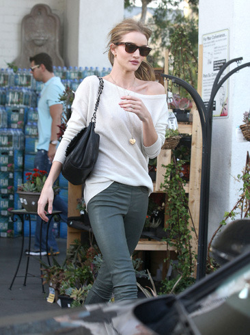Rosie Hunting-Whiteley leaves grocery store Bristol Farms in LA