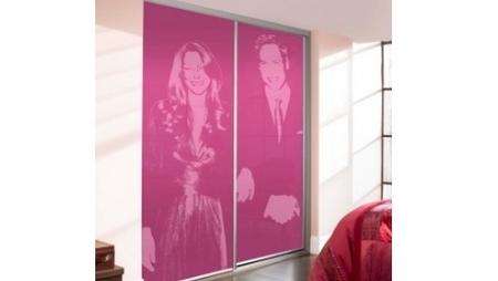 Royal portrait sliding doors