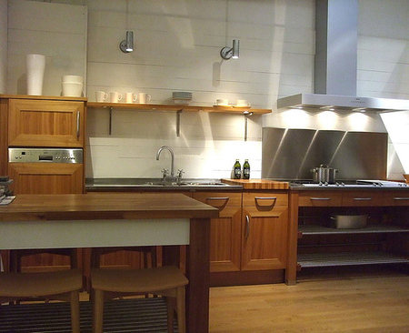 Modern rustic kitchen small kitchen ideas for Rustic modern kitchen ideas