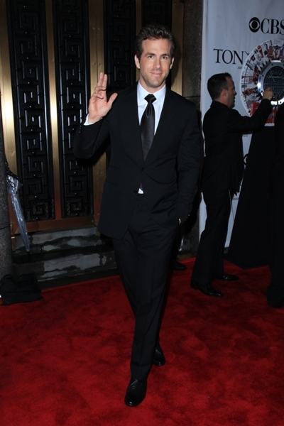 Ryan waves for fans