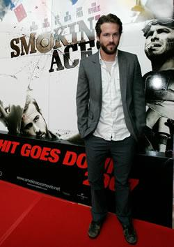 "Ryan Reynolds at the Myspace ""Smokin' Aces"" Premiere in Austraila"