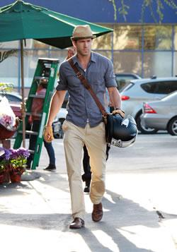 Ryan Reynolds Running Errands in LA