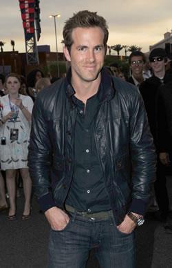 """Ryan Reynolds at the """"Xmen Origins: Wolverine"""" Premiere in Arizona"""