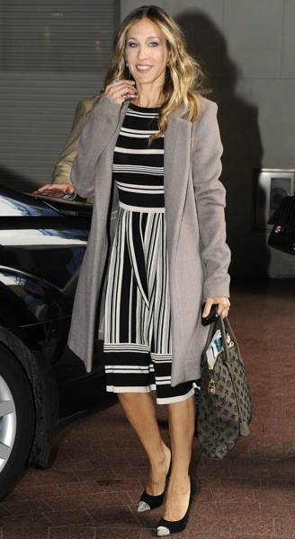 Sarah Jessica Parker in stripes