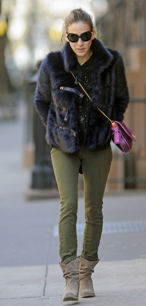 Sarah Jessica Parker in a fur coat