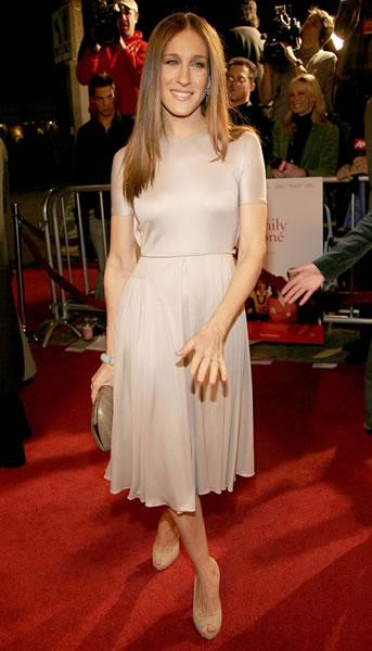 Sarah Jessica Parker at the LA premiere of the ensemble film 'The Family Stone.'