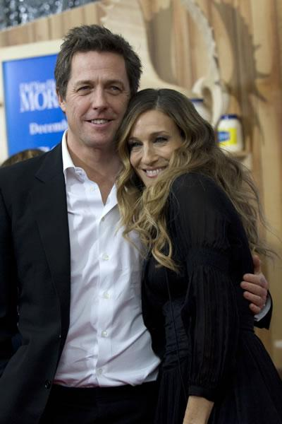 Sarah Jessica Parker and Hugh Grant hug it out at the premiere of 'Did You Hear About the Morgans?'