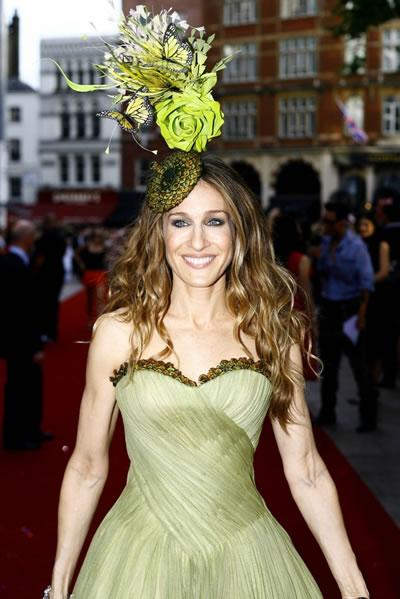 Sarah Jessica Parker sports a wild hat at the world premiere of 'Sex and the City: The Movie' in London.