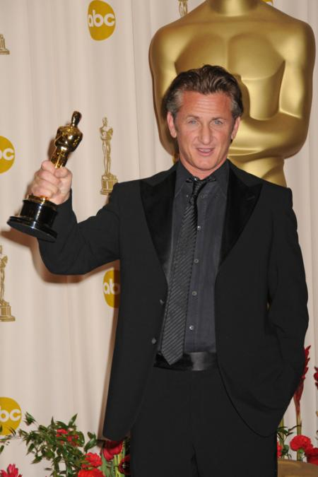 Best Actor winner Sean Penn