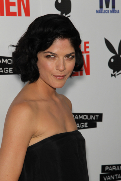 Selma Blair's chic, wavy hairstyle