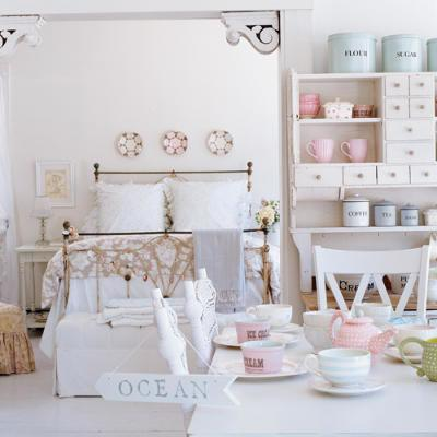 Shabby Chic Meets Beach Theme - Shabby chic bedrooms