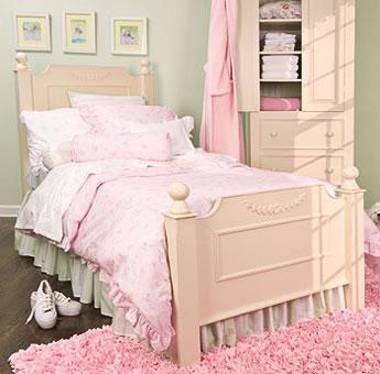 Shabby Chic Bedroom for Girls