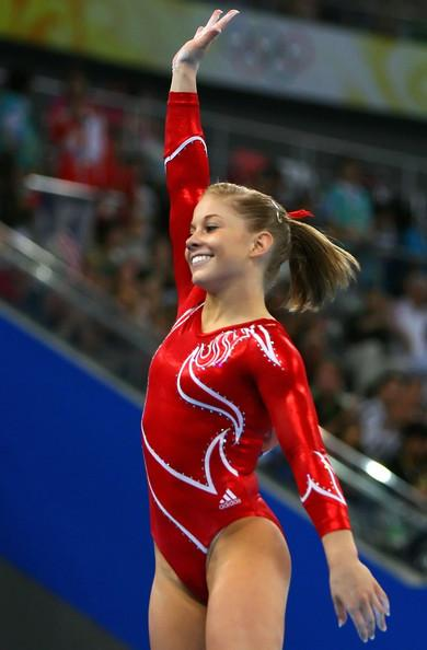 Shawn Johnson on the Balance Beam