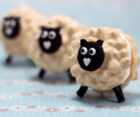 Sheep macarons