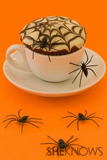 Black widow snack cakes