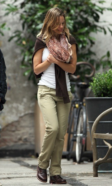 Hilary Swank in khaki pants
