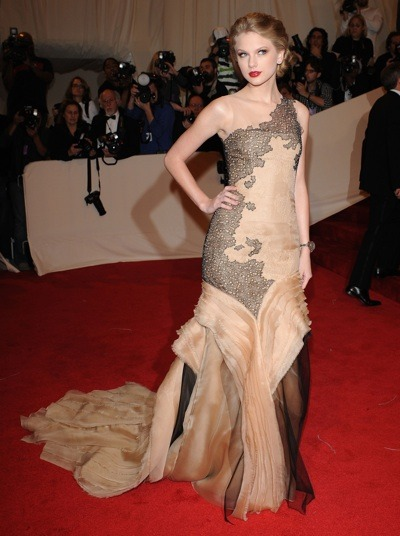 Taylor Swift in a detailed gown