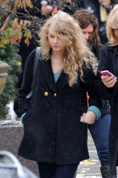 Taylor Swift's natural style
