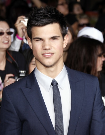 Taylor Lautner at the new Moon premiere