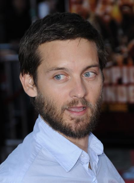 Tobey Maguire let his beard grow out