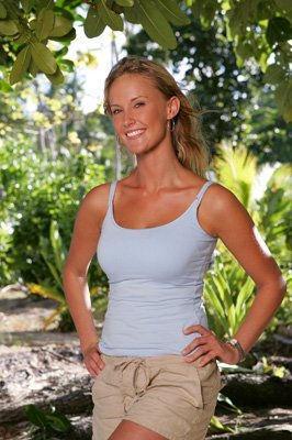 Top 10 Hottest Female Survivors: Kim Mullen