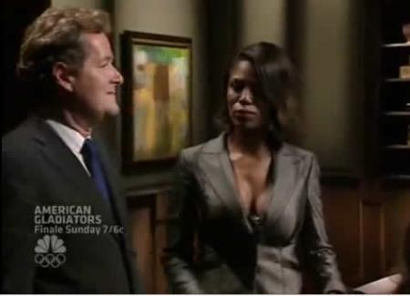 Top 10 Reality Fights: Omarosa and Piers