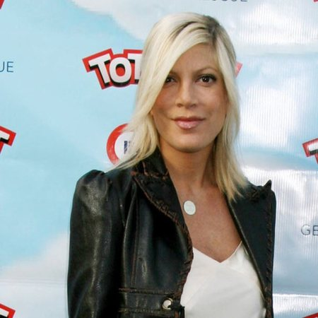 Tori Spelling leather jacket