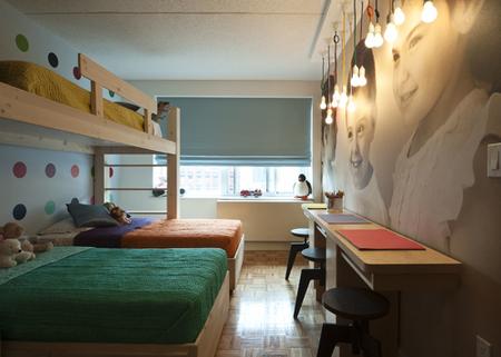 A triplet's bedroom - Beds