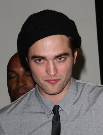 Robert Pattinson arriving at the TRL studio