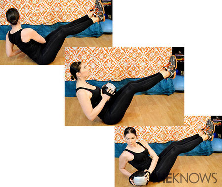 Oblique twist with medicine ball