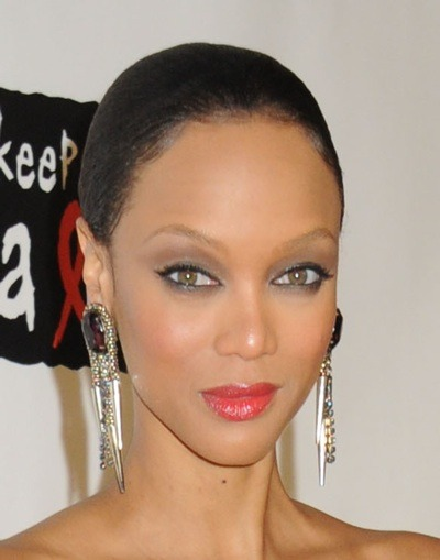Tyra Banks with cat-eye make-up