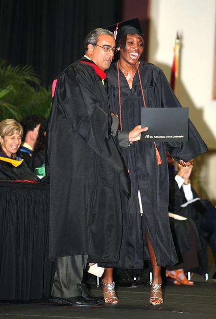 Venus Williams Gets Her Degree