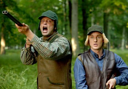 Vince Vaughn and Owen Wilson in hunting scene