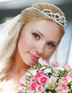 Wedding hair - Tiara and soft locks
