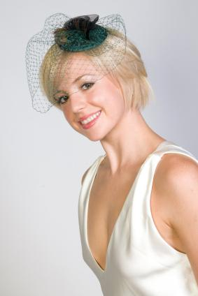 Short Blonde Bob with Birdcage Veil