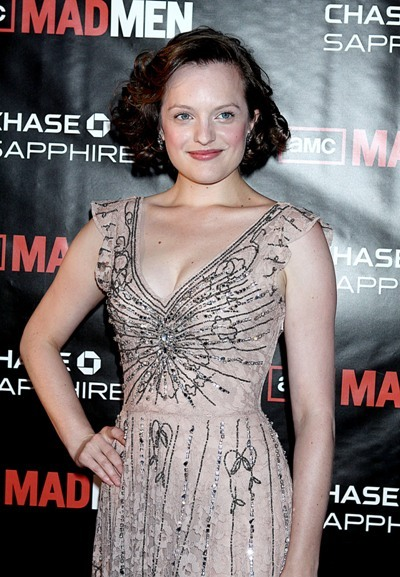 Elizabeth Moss: Classic chic