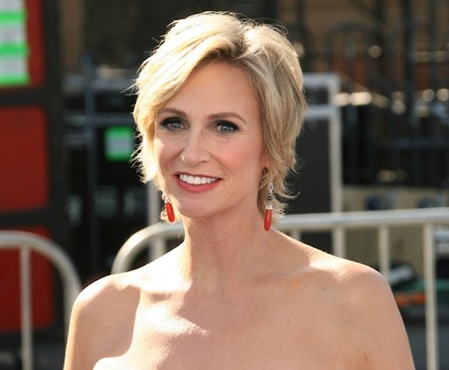 Jane Lynch Does Something