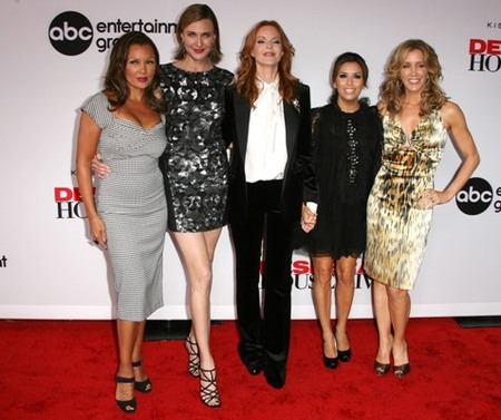 'Desperate Housewives' take the red carpet