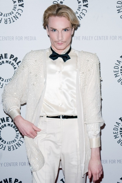 Scarlett: Table cloth white