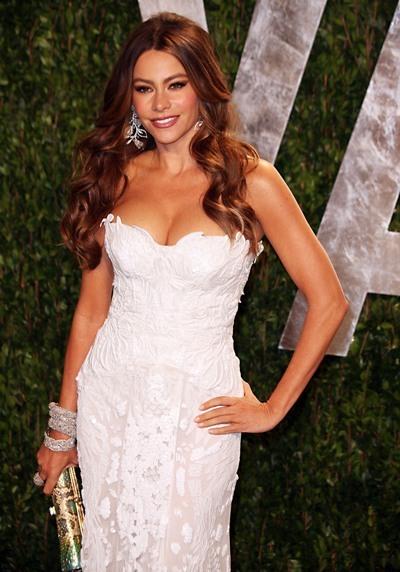Sofia Vergara is white hot