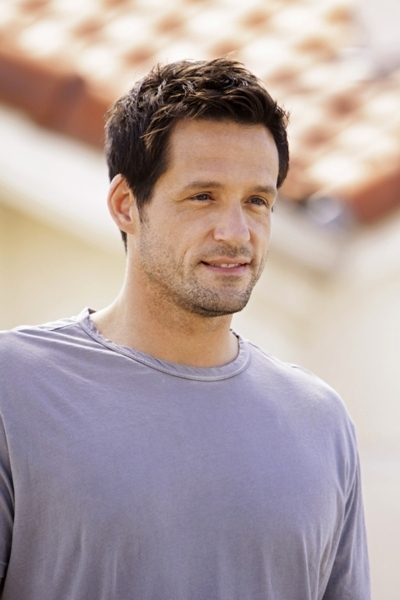 Josh Hopkins likes the younger ones