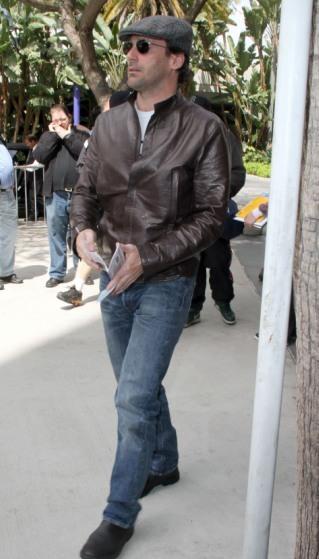 Jon Hamm is 'Mad' for basketball