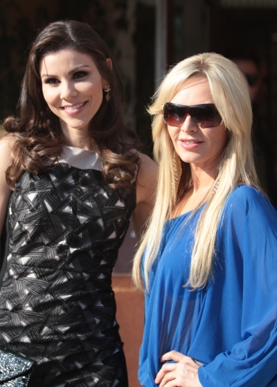 'Housewives' out and about
