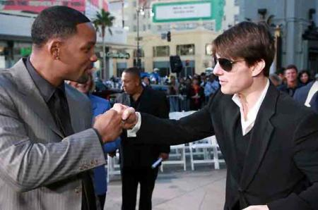 will_smith_and_tom_cruise_fist_pound.jpg