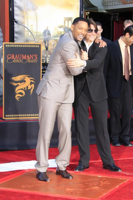 Will Smith and Tom Cruise at the I Am Legend premiere