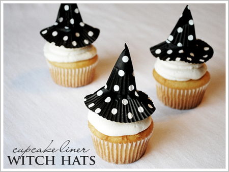 Cupcake liner witch hats